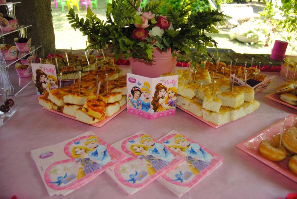 Tavolo Compleanno Bambina : Feste di compleanno a tema principesse per bambine a milano