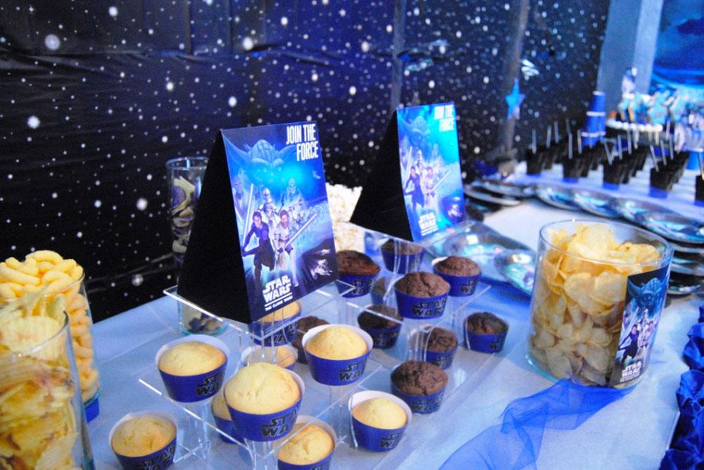 Feste di compleanno a tema per bambini star wars party for Feste compleanno bambini decorazioni