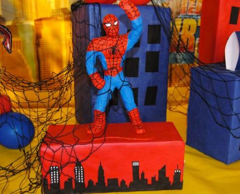 Festa di Compleanno a tema Supereroi