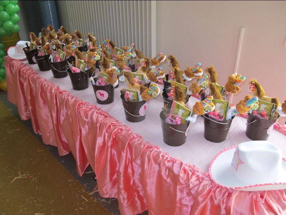 Festa a tema country per bambini e bambine a lugano for Decorazioni per feste